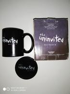 THE UNINVITED Mug + Creaking Coaster - Neufs. - Tasses