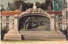 CPA CHARTRES - MONUMENT PASTEUR - Chartres