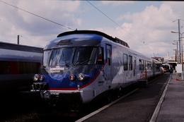 Photo Diapo Diapositive Slide Originale Train Wagon RTG Bombardier SNCF AXIS Le 12/09/1998 VOIR ZOOM - Diapositives