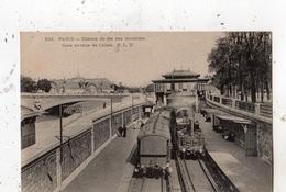 PARIS CHEMIN DE FER DES INVALIDES GARE AVENUE DE L'ALMA (TRAIN EN GARE) - Stations, Underground