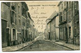 CPA - Carte Postale - France - Vaucouleurs - Rue De La République - 1906 (I9590) - Altri Comuni
