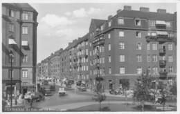 "M08396 "" STOCKHOLM - S:t. ERIKS PLAN OCH RORSTRANDSGATAN ""ANIMATA-AUTO '50 - CARTOLINA  ORIG. NON SPED. - Svezia"