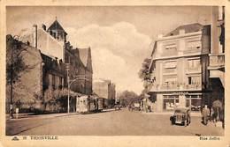 57 - Thionville - Rue Joffre (animée Oldtimer Tram Tramway 1951) - Thionville