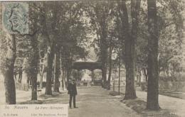 Nevers 58 - Parc Et Kiosque - Nevers