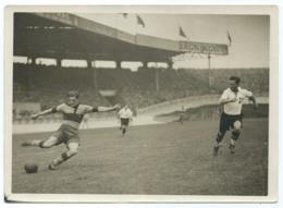ANCIENNE PHOTO MATCH FOOT FOOTBALL, ACTION DU JOUEUR LOUIS FINOT, PARC DES PRINCES PARIS EN 1932 - Voetbal