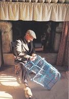 CP MENEHAM  FINISTERE  29 -  L' ARTISAN - PHOTO PAUL SANDFORD - Kerlouan