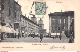Italie.n°59670.ferrara.piazza Della Cattedrale - Ferrara