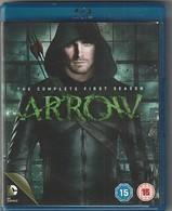 Dvd BLU RAY  Série  ARROW   Saison 1 : 3 DVD   Etat: TTB Port 180 Gr - Séries Et Programmes TV
