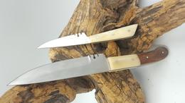 LOT DE 2 Couteaux Fixe Couteau Médiéval Avec étui En Cuir CORNE BLANCHE - Armes Blanches
