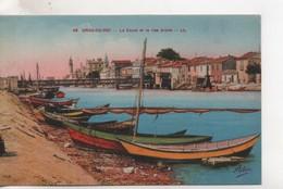Cpa.30.Grau Du Roi.Le Canal Et Rive Droite.barques Colorées - Le Grau-du-Roi