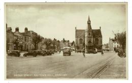 Ref 1312 - Early Postcard - Bus & Cars - Bridge Street & Town Hall - Banbury Oxfordshire - Engeland