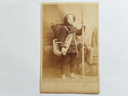 GROTE ORGINELE FOTO VISSER PÊCHEUR  FISHER FISCHER CREVETTE OSTENDE OOSTENDE 1880 AFMETINGEN 17 CM OP 11 CM - Ancianas (antes De 1900)