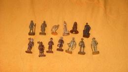 LOT DE 13 FIGURINES EN METAL KINDER...CENDRILLON, ROMAN, SWISS 1 ET 2, 3, B. CASSIDY...MUSKEETER..ETC.. - Metal Figurines