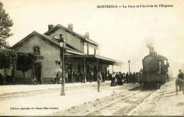 13954 - Lozére -  MARVEJOLS :  L' ARRIVEE DE L'EXPRESS A LA GARE  -  Circulée En 1915  - RARE - Marvejols