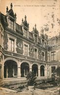 13525664 Rethel_Ardennes Le Cloitre De L'Ancien College Notre Dame Rethel Ardenn - Rethel