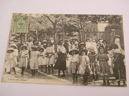 C.P.A.- Nouvelle Calédonie - Nouméa - Sortie De L'Ecole Des Filles - 1908 - SUP (CE 98) - Nouvelle Calédonie