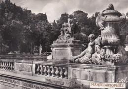 NIMES  - Dépt 30 - Jardin De La Fontaine - CPM - Photo Véritable - Nîmes