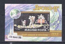 1969 Space Espace Cosmos Apollo 11 Mi Bl.72A  S/S-MNH Hungary - Espacio