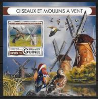 GUINEE BF 2004 * *  ( Cote 20e )  Oiseaux Milan Moulins - Aigles & Rapaces Diurnes