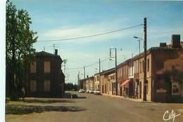 Mas Grenier - La Rue Principale       D 497 - Francia