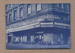 CPSM 31 - TOULOUSE - LE TORTONI - 23 , Place Du Capitole - TB PLAN Devanture , Façade Etablissement + Terrasse - Toulouse