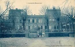 Dpts Div.-ref-AK976- Tarn - Labastide Rouairoux - Enfants Posant Aux Grilles De L Ecole - Ecoles - Carte Bon Etat - - France