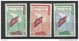 "Cambodge YT 98 à 100 "" La Paix "" 1961 Neuf** - Cambodge"