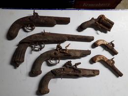 Lot De Pistolets Anciens - Otros
