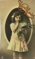 (513) Vive Marie  - Meisje Met Een Vingertje Op Haar Kaak - Roze Strik In Het Haar. - Fête Des Mères