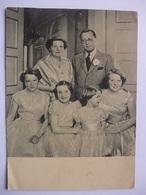 N09 Ansichtkaart Koninklijk Gezin Circa 1952 - Koninklijke Families
