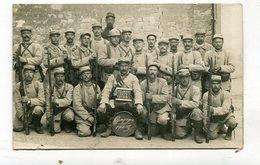 Carte Photo Militaria : Militaires Du 151 ème  Campagne 1914     VOIR  DESCRIPTIF  §§§ - War 1914-18
