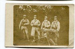 Carte Photo Militaria : Militaires Avec Fusils Et Mitrailleuse      VOIR  DESCRIPTIF  §§§ - War 1914-18