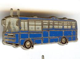 Pin's Ballard Collection Bus BERLIET CRUISER 1970 POLICE GENDARMERIE - Police