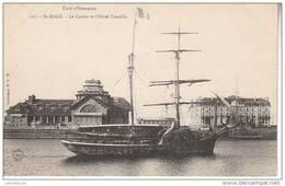 35 - SAINT MALO / LE CASINO ET L'HOTEL FRANKLIN (JOLI VOILIER DEUX MATS) - Saint Malo
