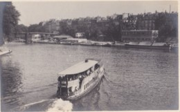AQ50 Tourist Boat, Possibly On The Seine In Paris - Ships