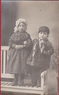 Oude Foto Old Photo Vieille Children Enfants Kinderen Folklore Costume Kostuum Klederdracht Fashion - Costumes