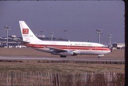 TUNIS AIR  B 737  TS-IOC  /    DIAPOSITIVE KODAK ORIGINAL - Diapositives