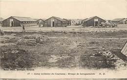Dpts Div.-ref-AK820- Gironde - Camp Militaire Du Courneau - Groupe De Baraquements - Camps Militaires - Militaria - - France