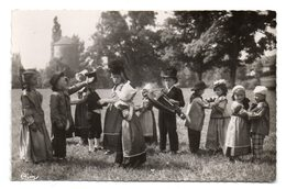 Folklore Maconnais - Les Petits Vremontois De Sennecé-lès-Mâcon . - Macon