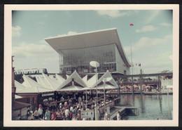 Photo Ancienne 1967 Snapshot 12 X 9 - Canada Québec Montréal Exposition Universelle 1967 Pavillon De L'URSS Sh82 - Lugares