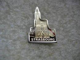 Pin's De La Cathédrale De STRASBOURG En Alsace - Non Classés