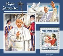 Mozambique, 2015. [moz15323] Pope Francis (s\s+m\s) - Päpste