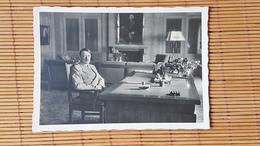Propagandakarte, Der Führer Adolf Hitler In Seinem Arbeitszimmer Auf Berghof Wachenfeld Ungelaufen - Weltkrieg 1939-45