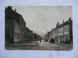 (Moselle - 57)  -  SAINT-AVOLD  -   Rue Foch............voir Scans - Saint-Avold