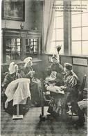 CPA - Bruxelles - Exposition Universelle De 1910 - Palais Des Travaux Féminins - Groupe De Dentellières - Expositions Universelles