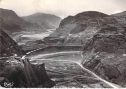 ARCHITECTURE - 05 - SERRE PONCON Le Barrage Sur La Durance  - CPSM Dentelée Noir Blanc Grand Format 1960 - Hautes Alpes - Autres