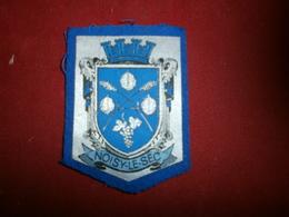 Autres Collections > Ecussons Tissu Petit Ecusson Tissu De Noisy-le-sec - Ecussons Tissu