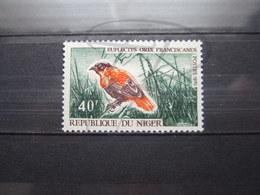 VEND BEAU TIMBRE DU NIGER N° 243 , XX !!! - Niger (1960-...)