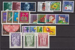 Liechtenstein 1975 Year (see Scan) ** Mnh (43994) - Liechtenstein