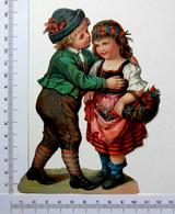 GRAND  CHROMO ... H 15 Cm...COUPLE D'ENFANTS...COSTUME FOLKLORIQUE...PANIER DE FLEURS - Enfants